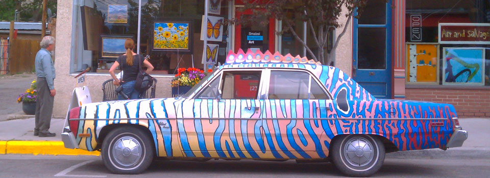 funky_car_creative_District